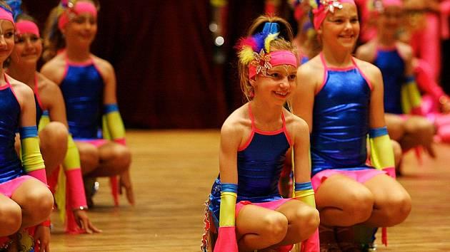 Dětské a juniorské taneční soubory z celé republiky bojovaly v České Lípě na Mistrovství ČR kolektivů v předtančení.