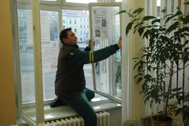 Výměna rozbitého okna