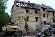 Tenhle dům za chvíli bude minulostí.