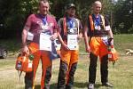 Mistr republiky Jindřich Fazekaš (uprostřed) vyhrál Husqvarna Challenge.