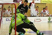 Šest bodů chtějí získat florbalisté České Lípy v posledních dvou zápasech základní části 1. ligy.