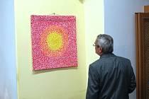 Výstava textilních obrazů Návrat k sobě.