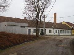 Budova společnosti Korchem v Křenovicích.