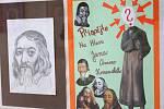 Nadace Tři brány pořádá sbírku na rekonstrukci sochy Jana Amose Komenského. Podílejí se na ní i studenti vyškovského gymnázia, kam se má restaurovaná socha vrátit.