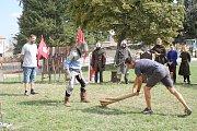 Do Vyškova v neděli zamířili středověcí šermíři i sokolník.