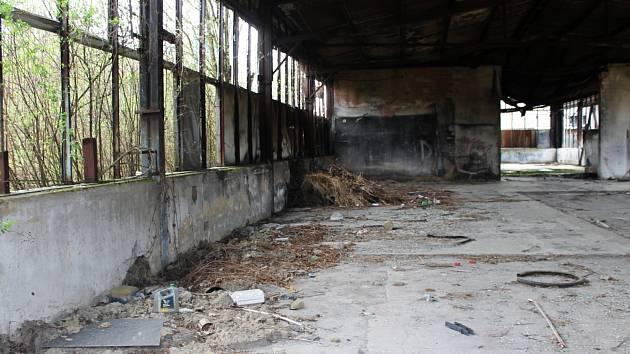 Třináct let průtahů je zřejmě u konce. Ruina patří státu, rozhodl soud.