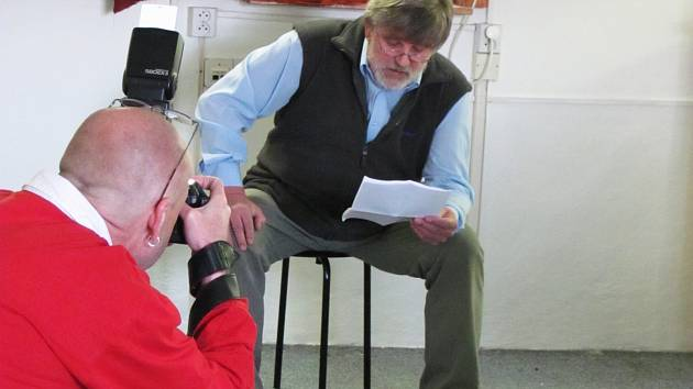 Knihovna Karla Dvořáčka organizovala čtenářský happening, při kterém předčítali například členové divadelního spolku Haná, zástupci radnice nebo herec Zdeněk Junák.