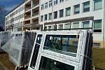 Porodnice ve Vyškově bude mít nová okna.