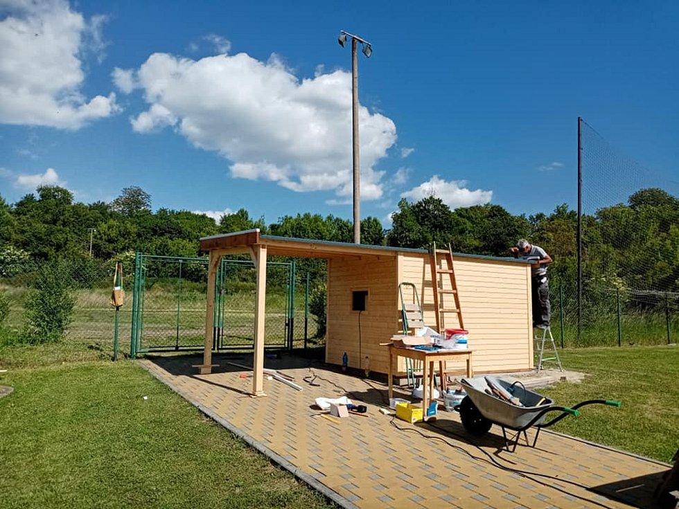 Jednou z novinek bude na bučovickém letním koupališti modernizované hřiště pro plážový volejbal.