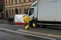 Smrtelná nehoda na přechodu v Rousínově.