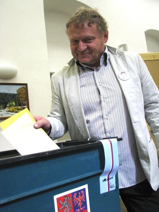 Mezi prvními ve Vyškově odvolil místostarosta města Břetislav Usnul.