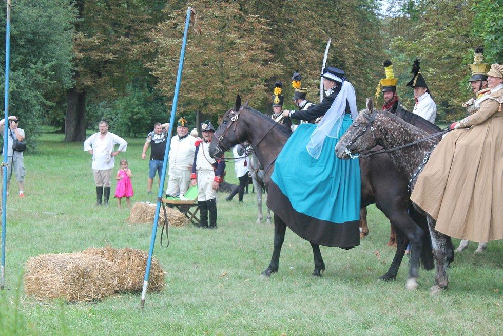 Soutěže v jízdě na koních se zúčastnili amatéři i profesionálové.