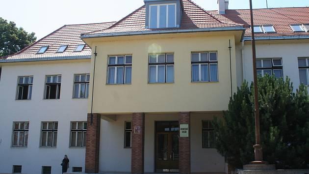 Okresní soud ve Vyškově ve čtvrtek odsoudil muže za prodej pervitinu.