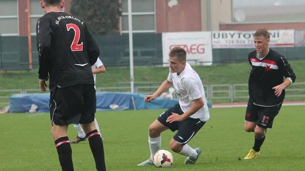 V desátém kole moravskoslezské fotbalové ligy (MSFL) remizoval MFK Vyškov na domácím trávníku s FK Slavia Orlová-Lutyně 0:0.