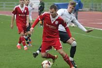 Vyškovští fotbalisté (v bílém) podlehli Uničovu 1:2.