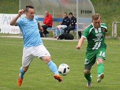 V krajském přeboru fotbalistů porazil Tatran Rousínov doma FC Boskovice 3:1. Klub předal dárek Liboru Kupčíkovi, který po 24 letech v Tatranu ukončil kariéru.