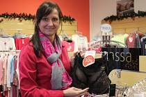 Zákazníci znovu útočí na obchody. Akce začaly i ve Vyškově. Někde prodejci lákají na slevy až sedmdesát procent.