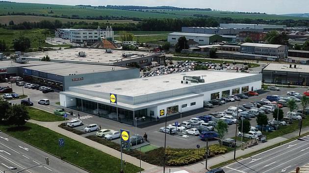 Starou prodejnu Lidl uzavřeli ve Vyškově před sedmi měsíci. Nová má být prostornější a modernější.