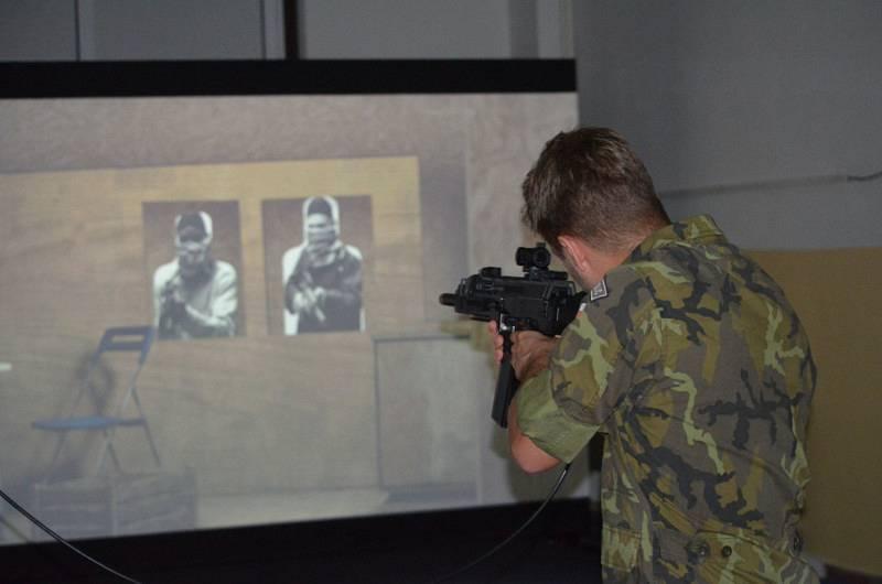 Dvoudenního výcviku se zúčastnili oštěpaři Barbora Špotáková, Jakub Vadlejch a Vítězslav Veselý, nebo například kajakář Josef Dostál.