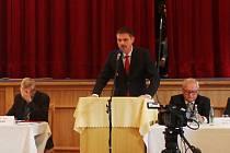 Na středečním ustavujícím zastupitelstvu se rozhodlo: vyškovským starostou se stane Karel Jurka.