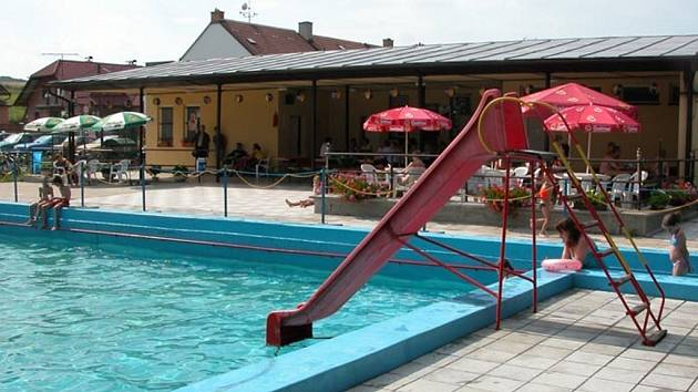 Koupaliště v Letonicích