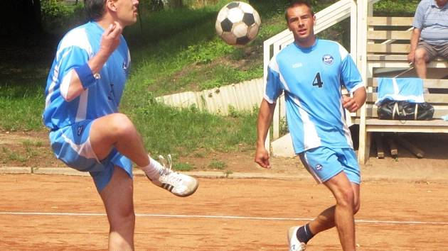 V utkání druhé ligy porazili nohejbalisté R.U.M. Holubice pražský Sokol Řeporyje 6:0.