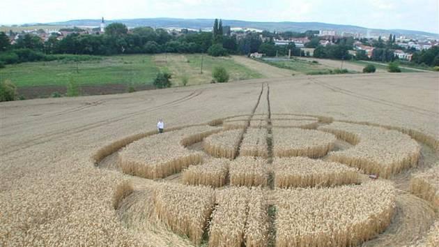 Kruhy v obilí, které se v minulosti objevily na Vyškovsku.