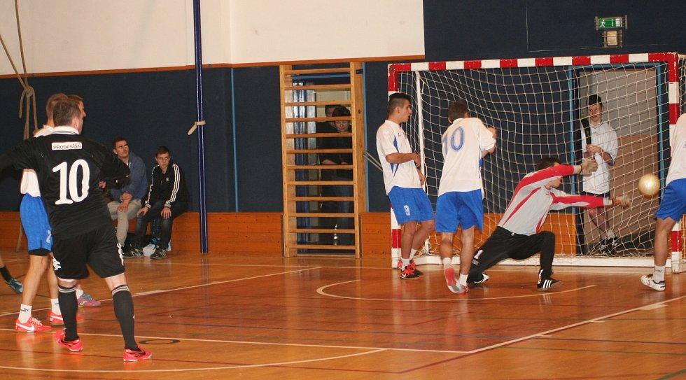 Osmý ročník Zimního Orel Cupu futsalistů ve Vyškově vyhrál Pivovar Vyškov, který ve finále porazil Vamos MFK Vyškov 3:0.
