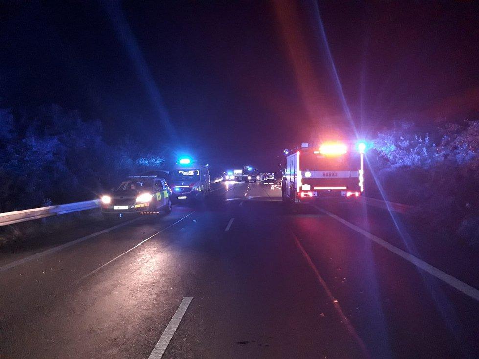 Zásah při tragické nehodě u Holubic.