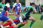 Ragbisté Dragonu Brno (v zelených dresech) porazili hráče JIMI Vyškov 21:16.