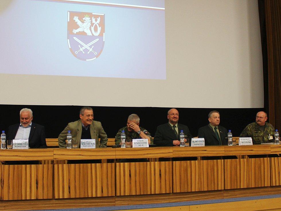 Ve vojenském újezdu Březina armáda slíbila více dočasně zpřístupněných ploch.