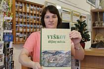 Obsáhlá publikace o Vyškovu spatřila světlo světa. Patnáct autorů zmapovalo vývoj města od dávné historie po současnost. První výtisky novinky se rozprodaly v podstatě okamžitě.