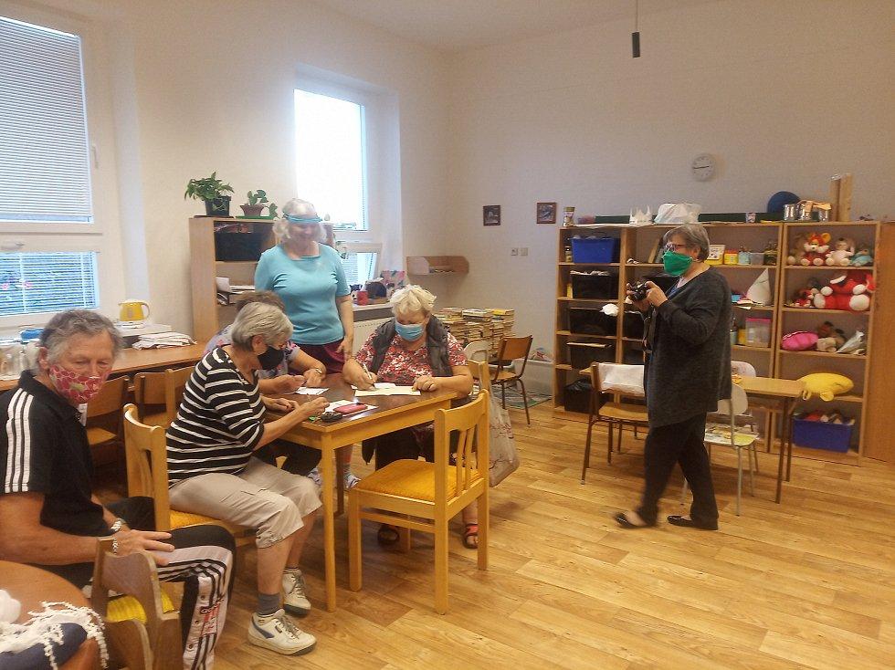 Příležitost procvičit si paměť dostali lidé v knihovně ve Vážanech nad Litavou.