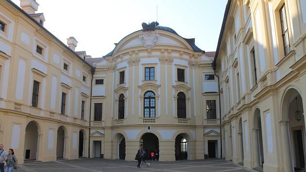 Zámek Slavkov je častým dějištěm kulturních a společenských akcí.