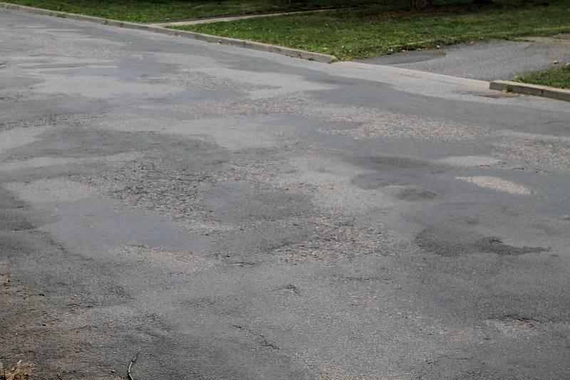 Už letos se oprav dočká alespoň povrch ulice Nádražní.
