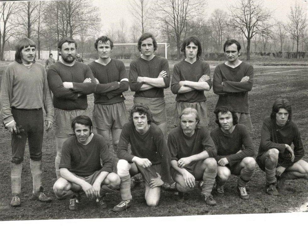 1975 - 1976, 3. místo v I. B třídě.