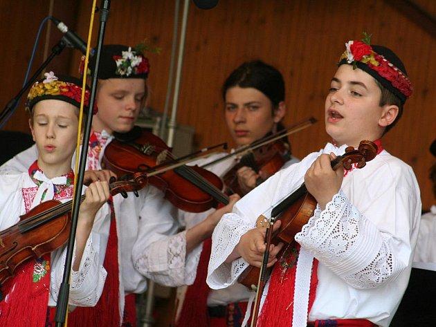 Folklorní slavnost v Křenovicích