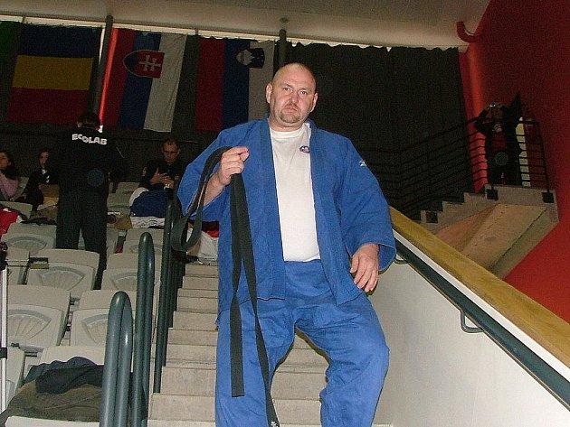Judista dědického Sokola Pavel Šabacký se udržuje ve veteránském popředí řadu let.