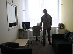 Vyškovští policisté dovybavili speciální výslechovou místnost pro obzvlášť traumatizované oběti trestných činů.