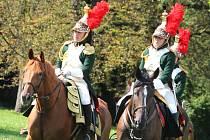 Nejen umění vojáků, kteří se utkali v bitvě, ale také rozmanité uniformy mohli obdivovat návštěvníci sobotních Napoleonských her. Komu připadalo, že kostýmů je k vidění málo, mohl zavítat do zámku na speciální prohlídku.