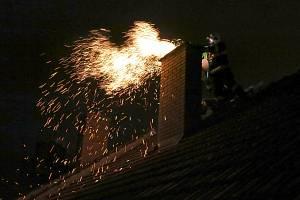 Nastává topná sezóna, pro hasiče období komínových požárů