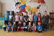 Společná fotka dětí z MŠ Podomí