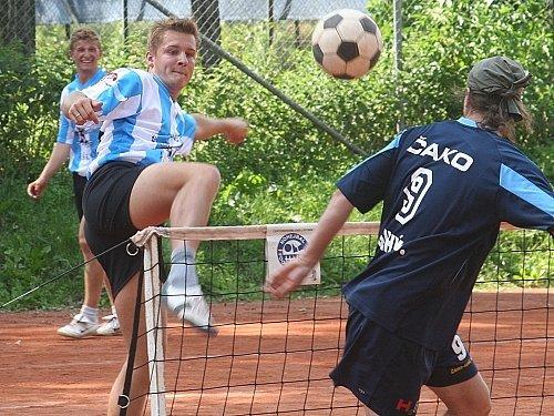 Vyškovskému kapitánovi Janu Kaděrovi (na snímku) se tentokrát při extraligovém utkání s Břvemi příliš nedařilo.