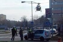 Pro sraženého školáka přiletěl vrtulník.