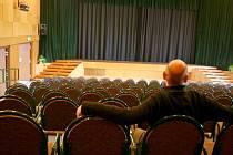 Poslední fází modernizace vyškovského kina má být výměna sedadel. Počet míst k sezení by se v kině nicméně snížil.