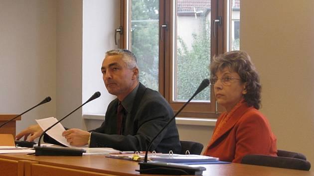 V kauze zpronevěry vypovídali další svědci (Dana Smutníková)