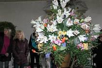 Bučovický renesanční zámek nachystal na úvod letošní sezony další nevšední výstavu - Jaro s tulipánem. Hojně ji navštěvují místní obyvatelé, ale sjíždí se kvůli ní i lidé z daleka.