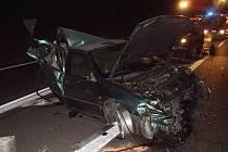 Pět osobních aut se v noci srazilo na dálnici D1 u Šlapanic.