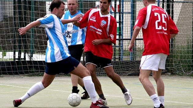 Orel cup se obecně těší mezi futsalovou veřejností Vyškovska velké oblibě. Na turnaji se tak často objevují i známá jména krajských a divizních soutěží. Dnešní šestý ročník prázdninové akce nebude žádnou výjimkou.