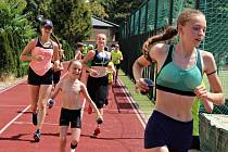 Prázdninový program mladých atletů Orla Vyškov zpestřil tréninkový kemp. V něm orlíci absolvovali sportovní víceboj a vydali se po stopách hobitů.